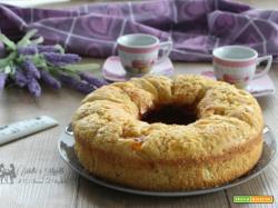 Ciambella light alle mele e marmellata, senza zucchero