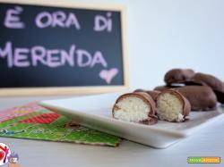 Cioccolatini ripieni di cocco tipo Bounty