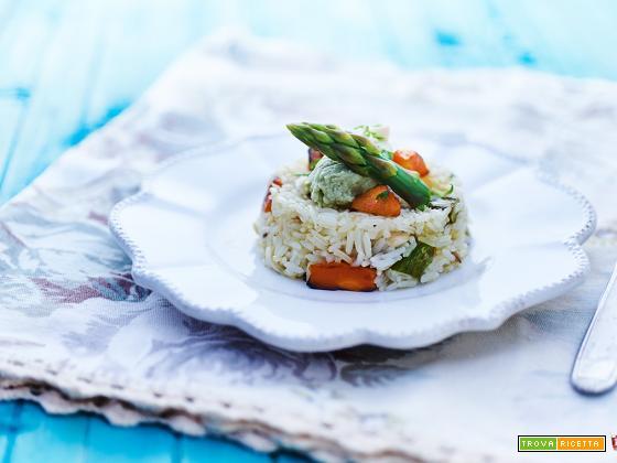 Riso thai alle verdure e hummus con guacamole