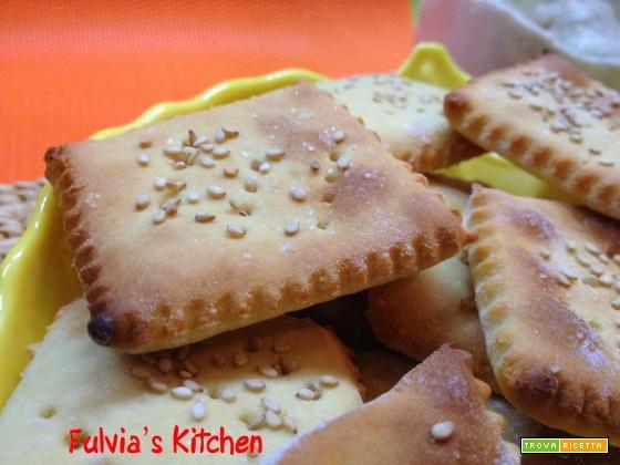 Crackers alle farina di ceci con esubero di pasta madre