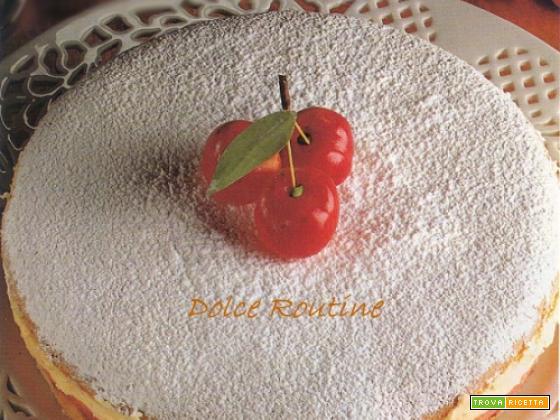 Torta con Crema e Ciliegie