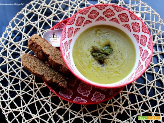 Crema di asparagi al profumo di cerfoglio (ricetta bimby)
