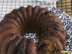 Ciambellone al farro e cioccolato: ricetta senza olio e burro