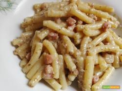 Sedanini al pesto di radicchio e pancetta