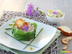 Insalata di farro al pesto di finocchi ed erba cipollina