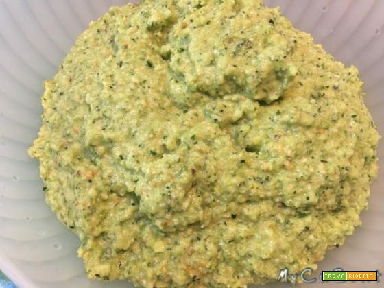 Pesto di zucchine e pistacchi con Cuisine e i-Companion Moulinex