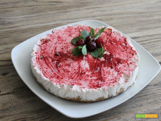 Cheesecake yogurt greco, ciliegie e profumo di menta – più facile di così!