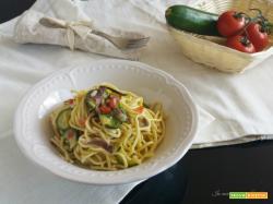 Pasta fresca con zucchine e prosciutto crudo