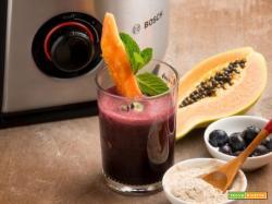 Centrifugato di mirtilli, papaya e ginseng siberiano: una bevanda unica sotto ogni punto di vista