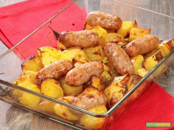 Salsiccia e patate con il cookeo
