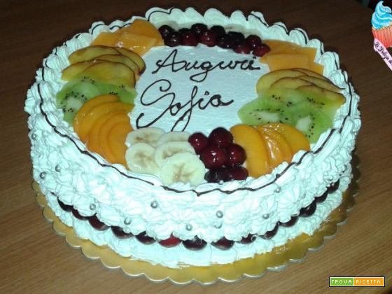 Pan di spagna con frutta