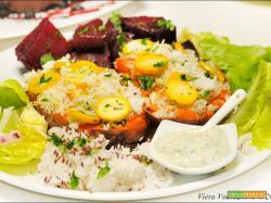 Batate ripiene al forno con riso e zucchine