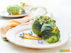 zucchina ripiena con couscous e borragine