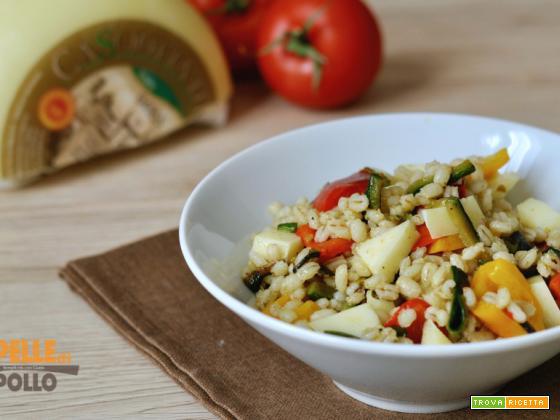 Orzo con verdure saltate e caciotta