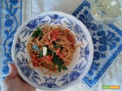 La ricetta degli spaghetti ai ricci di mare