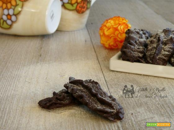 Biscotti viennesi al cacao e arancia