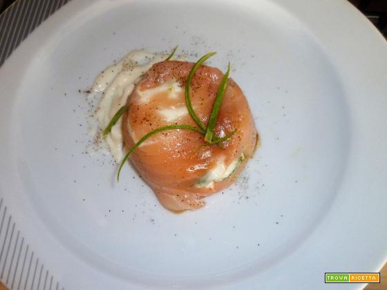 Sformatino delicato con salmone zucchine e stracchino