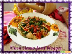 Pasta Integrale con Pomodorini, Rucola e Pancetta Croccante