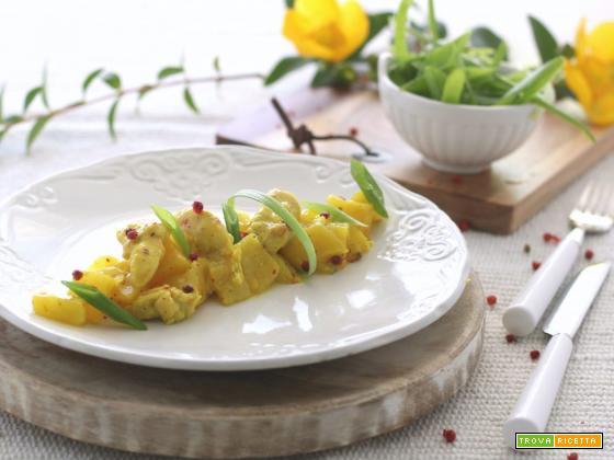 Spezzatino di pollo al curry con mele e ananas
