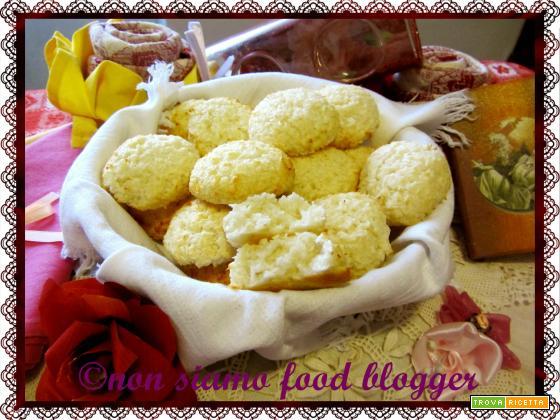 Biscotti al cocco light (senza uova, burro e olio)