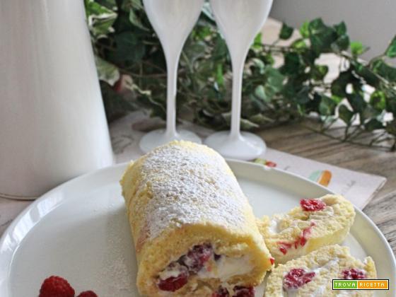 Rotolo con ricotta e yogurt greco al limone, lamponi e …rum