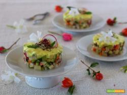 Tartare di verdure crude con mayonese di mandorle