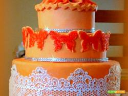 torta con crema chantilly / Delizie e fantasie di Consy