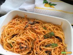 Spaghetti alla crema di burrata e pomodorini con melanzane fritte
