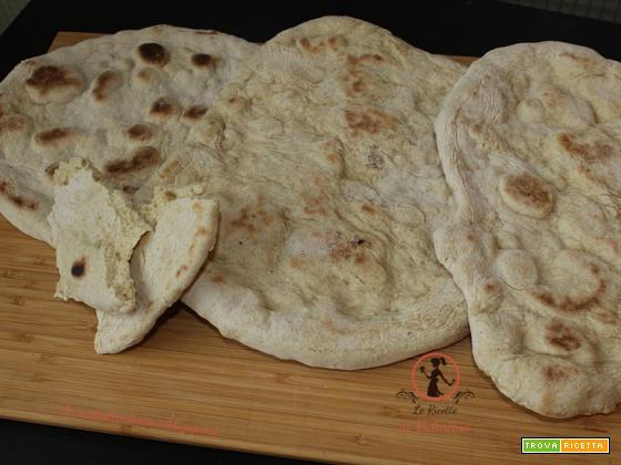 Pane in padella senza lievito di birra, veloce e senza il calore del forno!