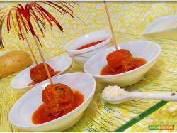 Polpette di carne e patate al sugo senza frittura
