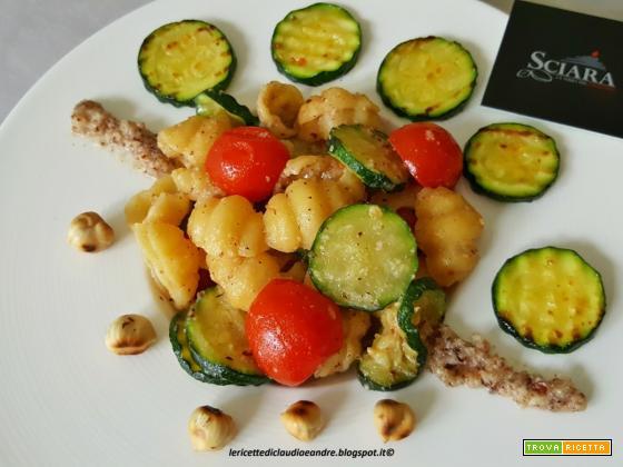 Gnocchi di pasta con zucchine, pomodorini e Pesto di Nocciola Sciara