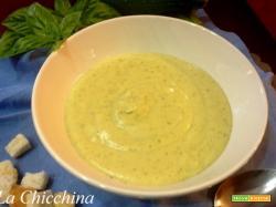 Crema di zucchine e patate al profumo di basilico