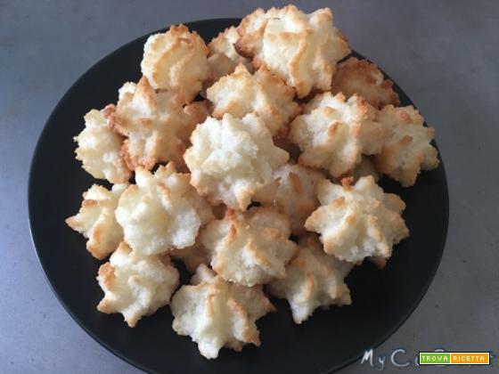 Pasticcini (spumini al cocco) con il CuCo Moulinex