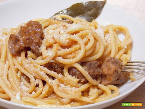 Spezzatino di manzo con pasta