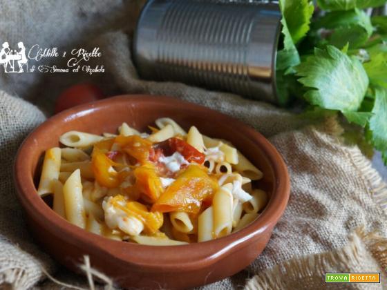 Pasta ai peperoni e mozzarella