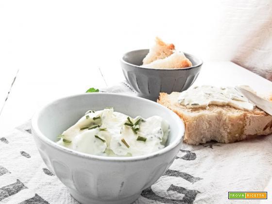Formaggio da spalmare, le non ricette estive per chi non ha voglia ma fame!