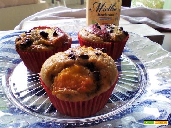 Muffin alla Pesca, Cioccolato e Mielbio Mandarino