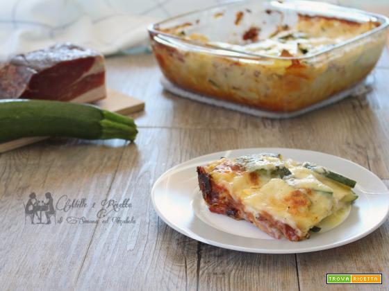 Lasagne cremose con zucchine,speck e scamorza