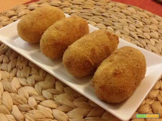 Crocchette di patate al prosciutto cotto con cuore al gorgonzola