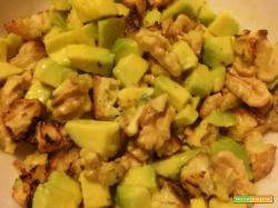 Insalata di avocado e noci