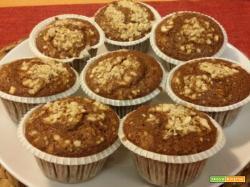 Muffin orzo, caffè e nocciole