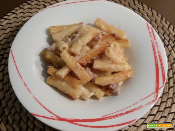 Sedani con salsiccia fresca