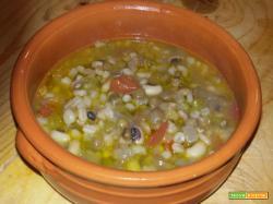 Zuppa Toscana legumi e cereali