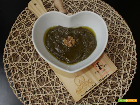Pesto di basilico viola, noci e Asiago DOP stagionato