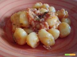 Gnocchi di patate al ragù di pancetta