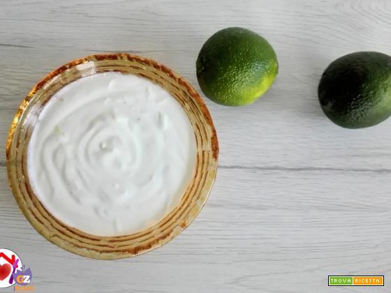 Salsa di yogurt, lime e zenzero