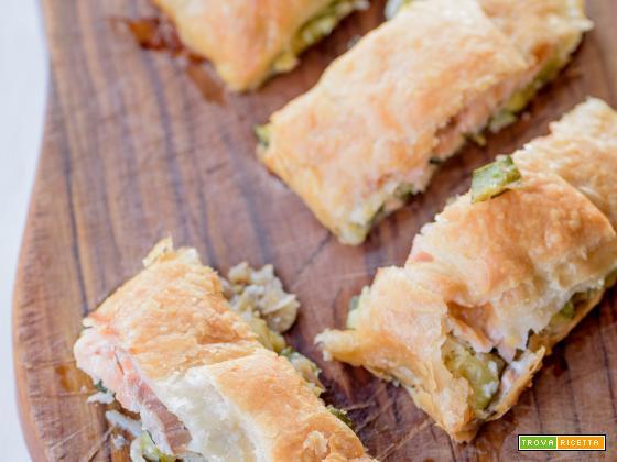 Strudel salato zucchine e salmone