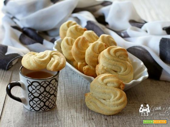 Biscotti viennesi alla vaniglia
