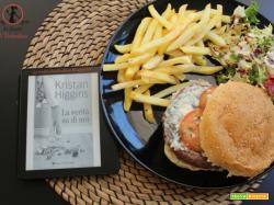 MANGIA CIO' CHE LEGGI 103: Angus burger con patatine tartufate ispirato da La verità su di noi di Kristan Higgins
