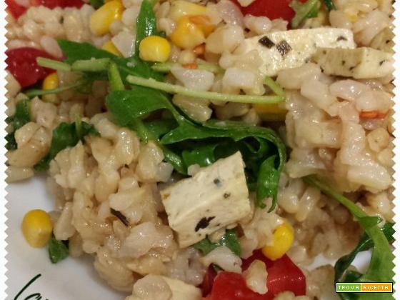 Insalata di riso e tofu